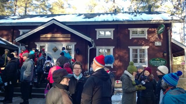 Salo-Strömma polkupyöräreitillä on myös 16.2.2015 avattu Teijon kansallispuisto. Kuvassa ex-ympäristöministeri Ville Niinistö 17.2.. Hän vastaanotti myös kirjan esitteen.