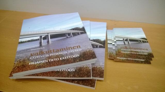 31.1. painetun kirjan painos oli myyty puoleksi loppuun ennen kirjan 20.2.2015 julkistamis- ja esittelytilaisuutta.